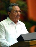 Raúl inaugura VI Congreso del Partido Comunista